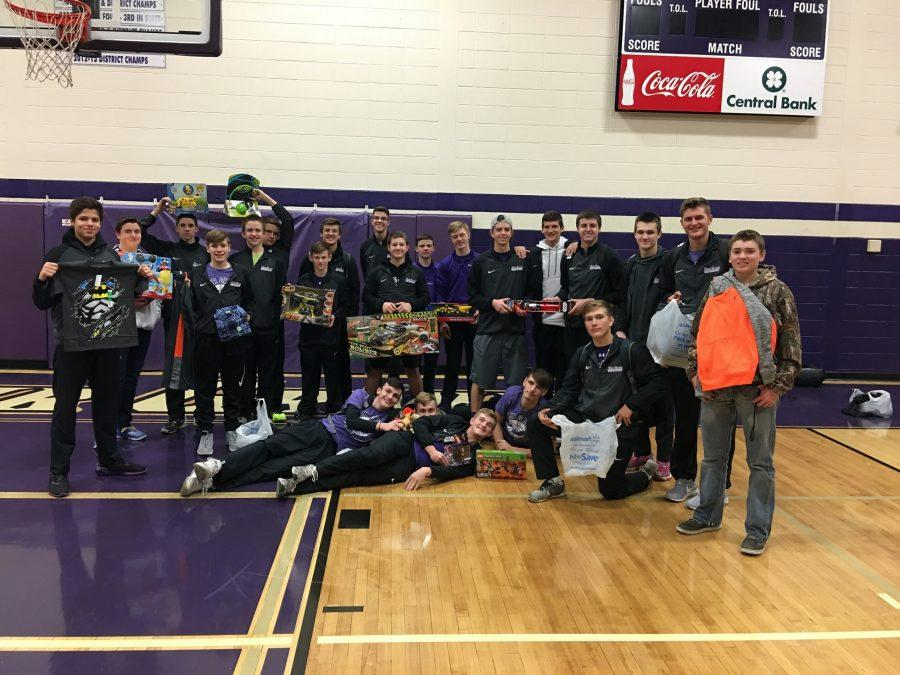 Fair Grove Students Continue to Help Their Community