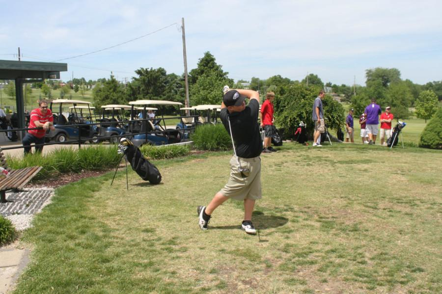 The Eagles' golf team has been working hard while looking toward sectionals.