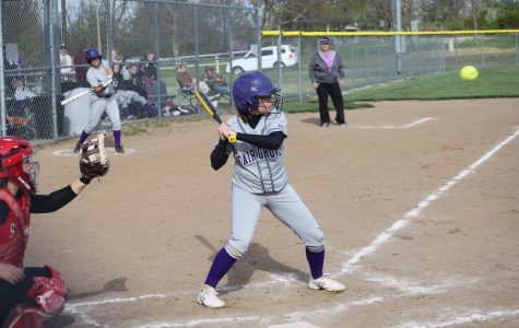 Cailey Barnes prepares to take a swing at the pitch.