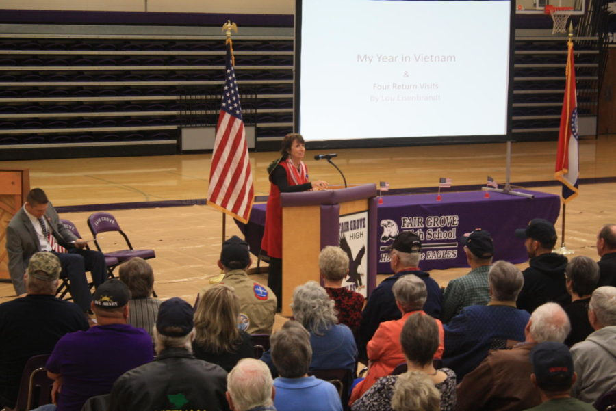 Lou+Eisenbrandt+speaks+of+her+time+in+Vietnam+to+students+and+veterans.+