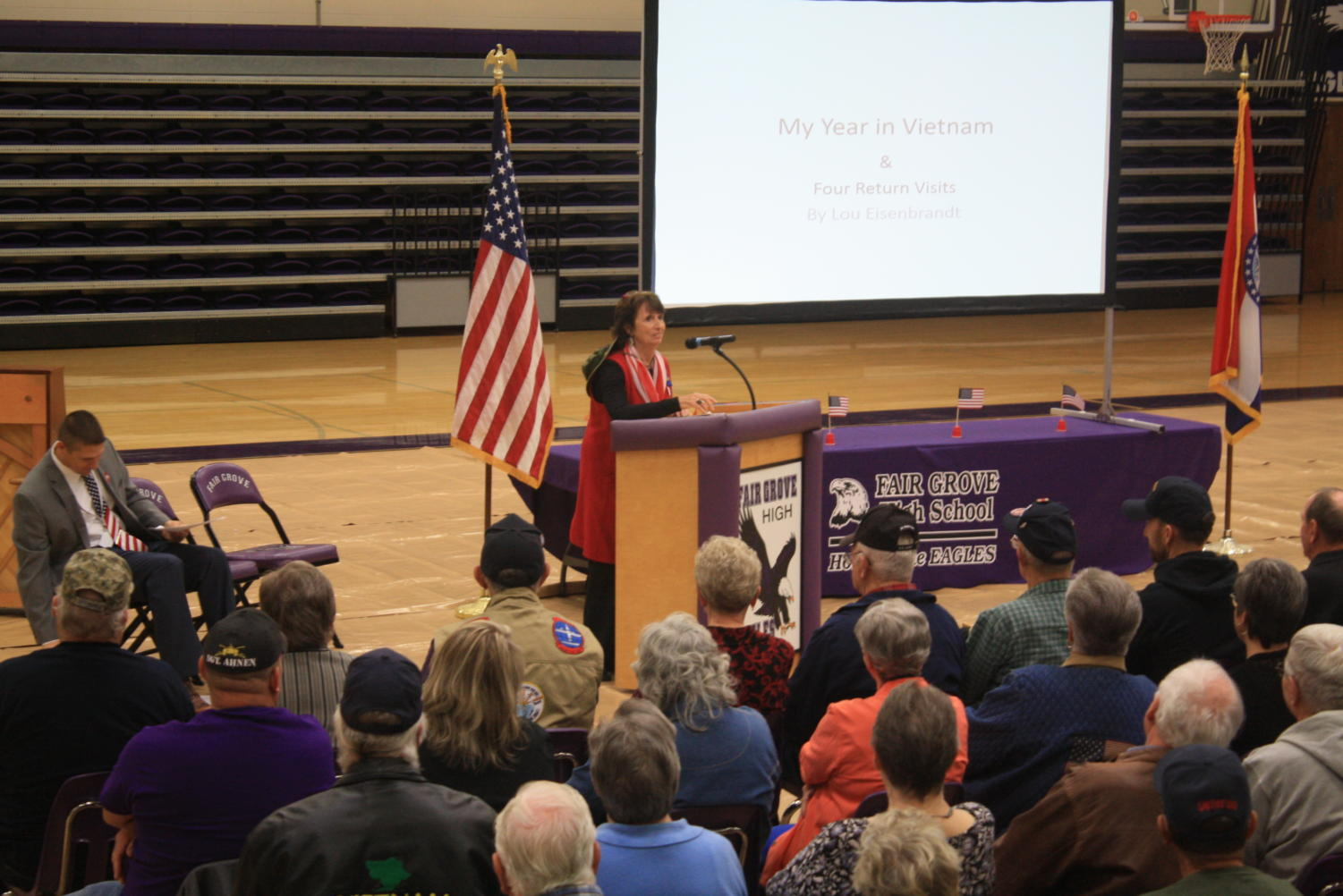 Lou Eisenbrandt speaks of her time in Vietnam to students and veterans.