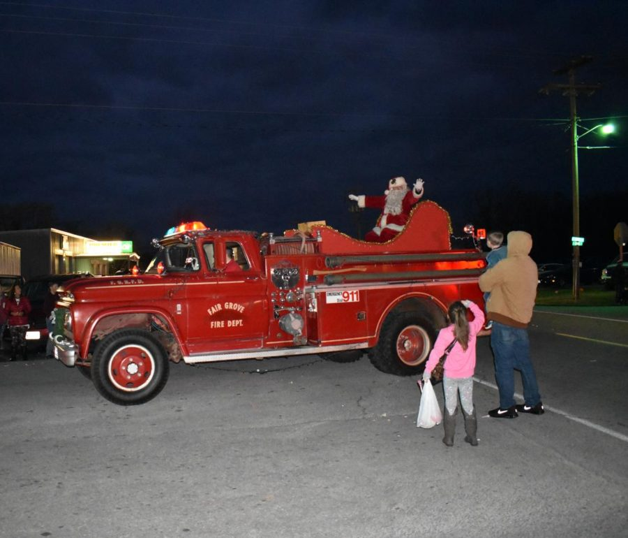 Photo from previous Fair Grove Christmas Parade