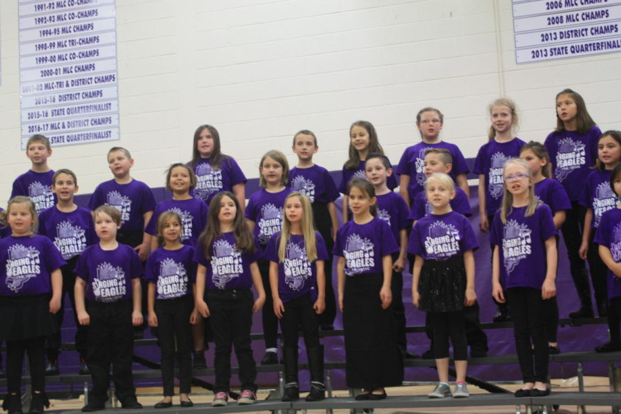 Kindergartners Put on Thanksgiving Performance for Senior Citizens and Parents
