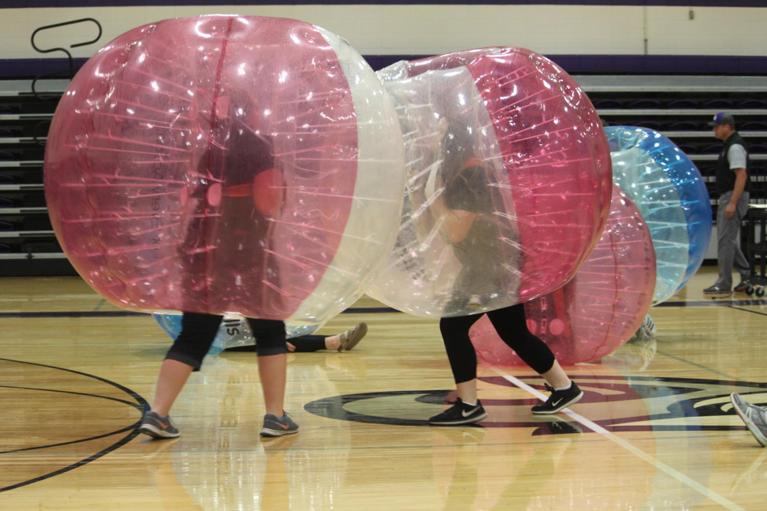 Students play Bubble Ball at SADD Kickoff