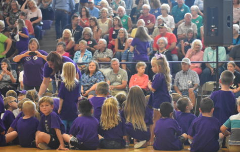 Fair Grove Elementary Welcomes Grandparents