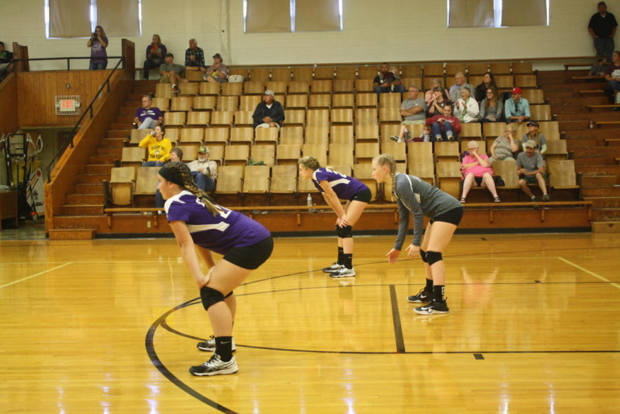 Middle School Volleyball Serves Up a New Season