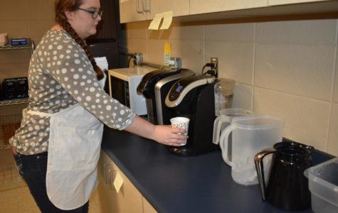 NHS Members Volunteering this Holiday Season