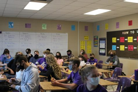 A FGHS classroom with students wearing their mask