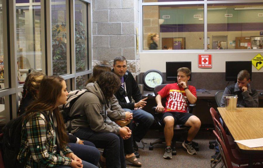 Photo of JOLT sponsor, Jon Foster, addressing students at a 2018 JOLT meeting.