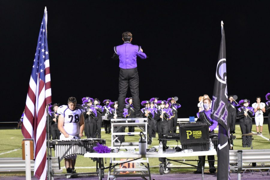 Fair+Grove+Marching+Band%27s+Drum+Major+Easton+Belts+conducting+the+band+at+the+9%2F4+game+vs.+Mountain+View+Liberty+at+home.