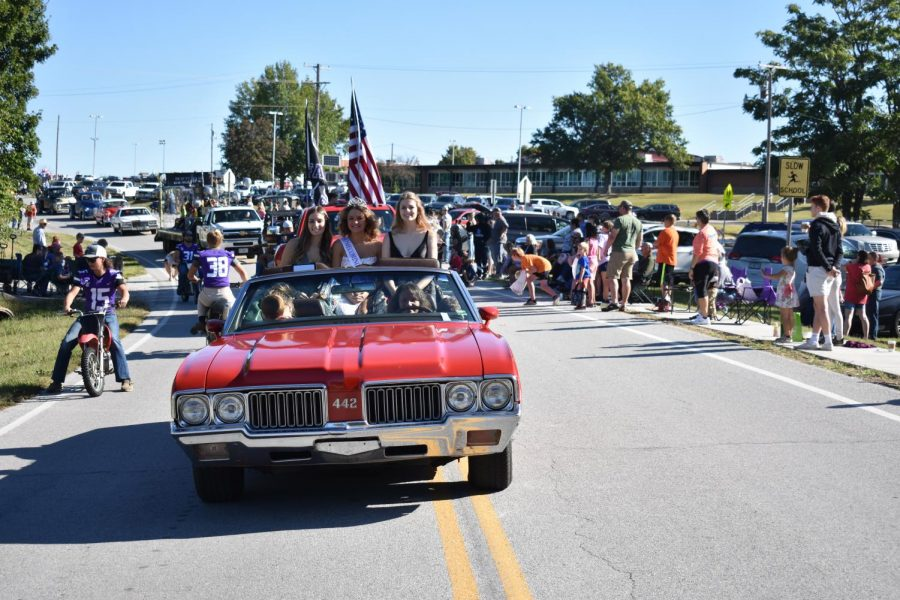 The annual Fall Festival Parade featuring Homecoming Queen Candidates Paige Robinson, Brielle Helmer (Queen), and Lydia Engel.